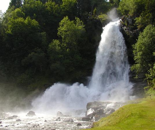 沃林格斯瀑布周边旅游景点线路推荐 出发地: 切换出发地  ◆ 出发城市