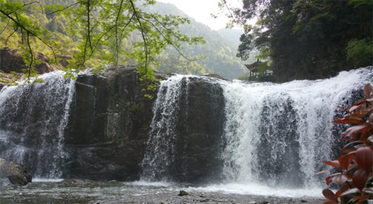 百丈漈飞云湖景区旅游景点风景